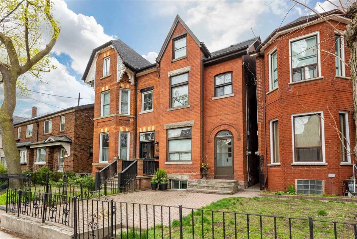 112 Givins St Toronto Hauer Brothers